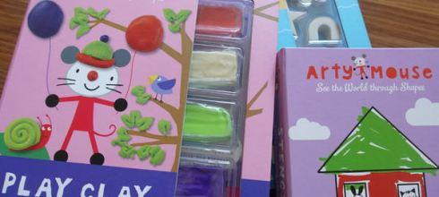 用形狀看世界●英國Arty Mouse美勞遊戲書盒●有黏土,大印章,畫筆,和可擦拭繪本