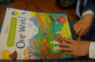 小小孩的第1本世界貼紙書●My First Book About Our World●快寫下你的世界地址