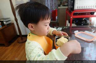 [甜點筆記] 我竟然手作同大爺的早餐~香草牛奶戚風蛋糕 (含蒸與烤二種方法)