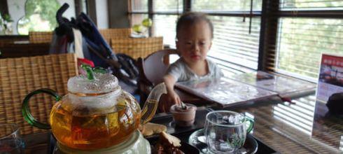 [台北故事]在情治人員宿舍改建的●小六茶鋪●品一壺茶