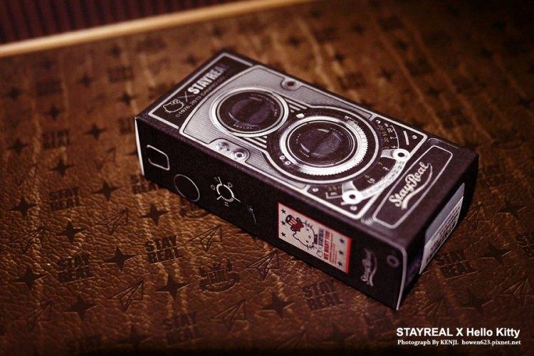 ★  不專業開箱文:【STAYREAL X Hello Kitty】美國夢相機背帶