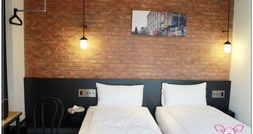 【台北住宿】行天宮捷運站雀客旅館check inn+咖啡廳~把紐約公寓loft風搬到台灣,背包客新選擇,還有超火紅不老麻糬