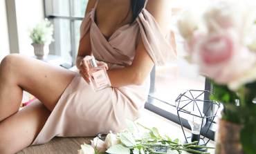 <香氛>生活在舒適優雅中。philosophy肌膚哲理驚喜優雅淡香水。