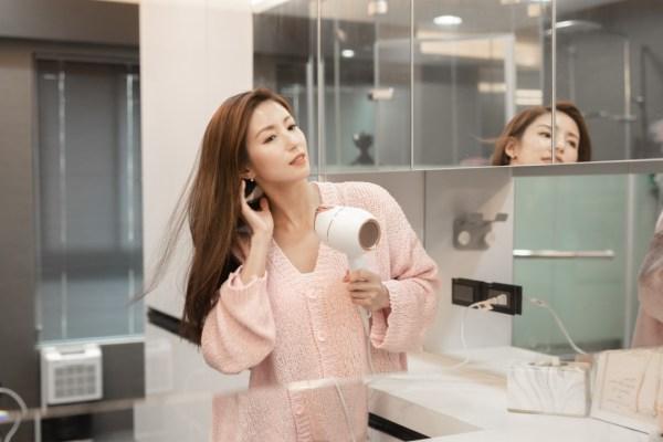 《生活》吹整同時護髮!Philips Adele AI溫控護髮吹風機 BHD628/01