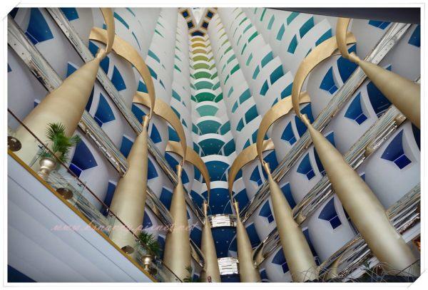 <遊記>蜜月-杜拜。Burj Al Arab 帆船酒店 & La Parrilla。