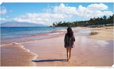 <度假>海灘上最搶眼的焦點。Caffé Cover Ups。