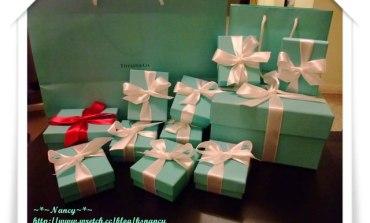 <珠寶>令人著迷的藍色小盒子。Tiffany。