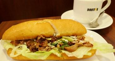 羅多倫咖啡 | 壽喜燒三明治+芝麻棉花糖焙茶拿鐵  |  超美味的日本國產牛肉+京都九條蔥的完美組合・冬季限定菜單