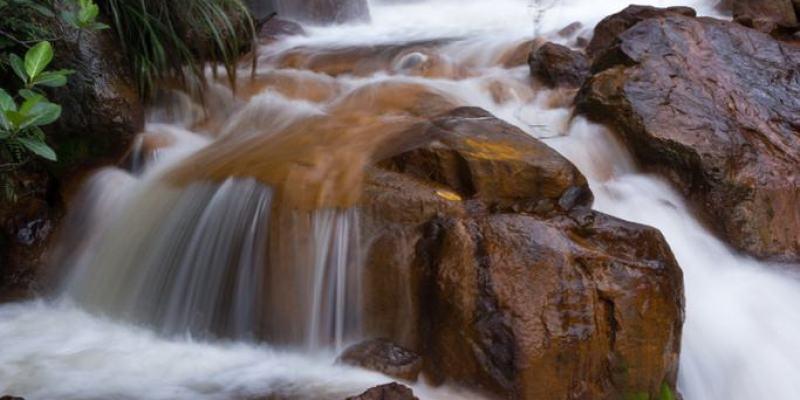 新北旅遊推薦》金瓜石 黃金瀑布 - 曾經的黃金山城 驚豔金水公路