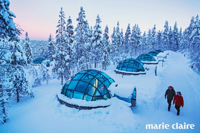igloos-view-from-air-kakslauttanen-lapland2