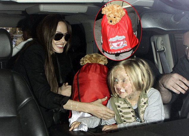 Angelina Jolie with her daughters, Shiloh and Zahara