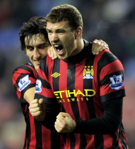 Edin Dzeko, Stefan Savic, Manchester City, Wigan
