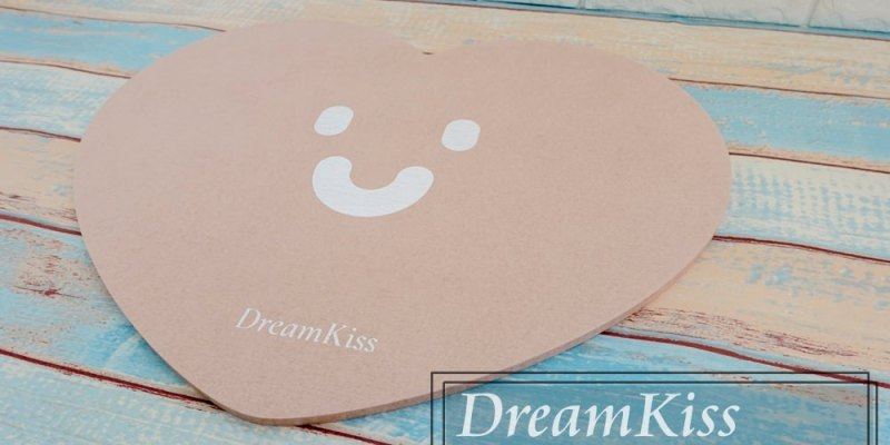 居家用品》珪藻土腳踏墊好用嗎??值得入手嗎??。DreamKiss微笑系列-心形珪藻土腳踏墊