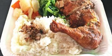 台中西區美食 豐原肉排 排骨麵 肉排飯 向上市場午餐 均一價90元便當 單點只要55元 10道主菜自由挑
