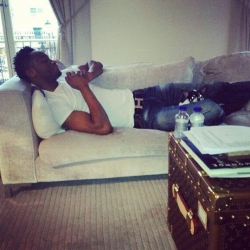 Mikel Chilling.jpg