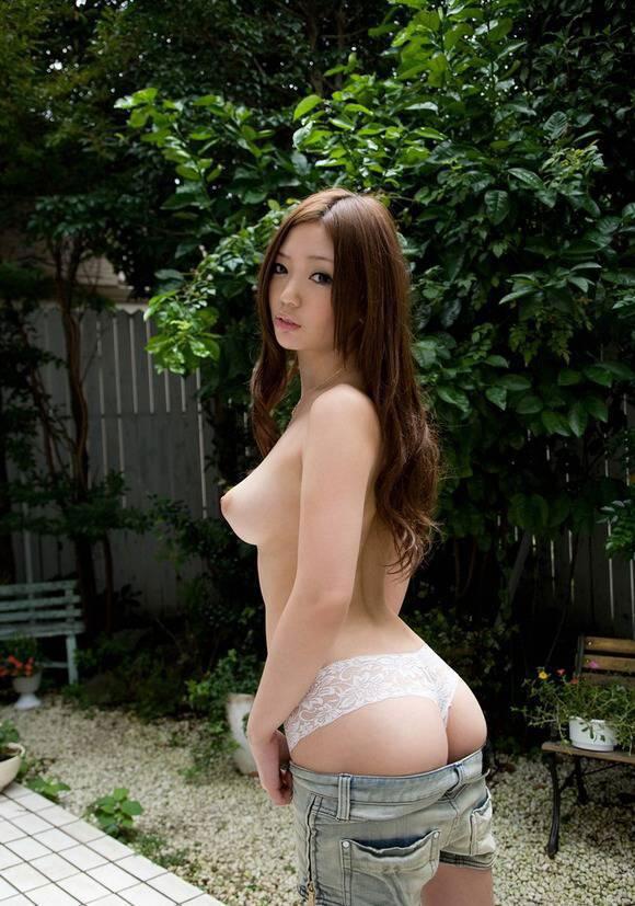 【ヌード画像】ムチっとしたプリっとしたヌードモデルらの綺麗なお尻で昇天w(35枚) 16