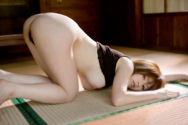 【ヌード画像】畳の上で素肌をさらす女の子が妙にそそるw(30枚) 27