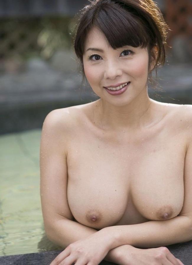 【ヌード画像】熟女の美しさが奇跡の領域w(30枚) 14