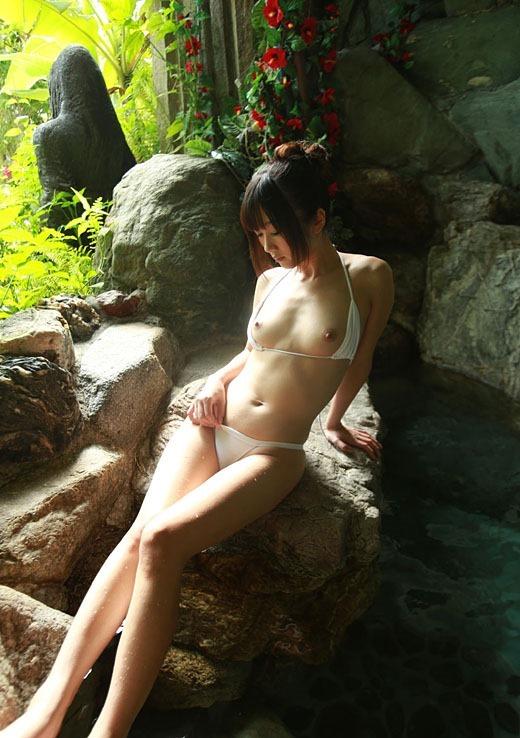 【ヌード画像】大槻ひびきのスレンダーな裸で股間がもっこりw(30枚) 11