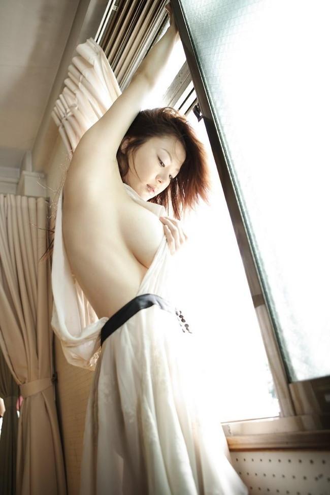 【ヌード画像】腋見せ美女の裸体がくそエロいw(32枚) 04