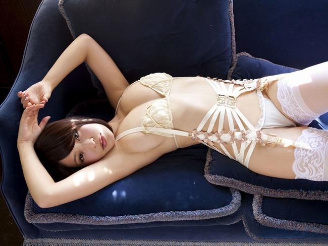 【ヌード画像】腋見せ美女の裸体がくそエロいw(32枚) 09