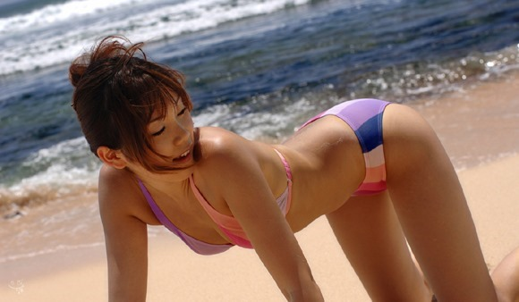 【ヌード画像】南の島の美少女たちが解放的スギw(30枚) 07