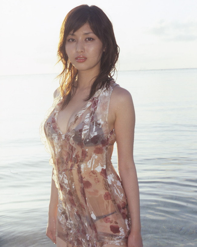 【ヌード画像】愛人にしたい女NO.1!橋本マナミのセミヌード画像(30枚) 07