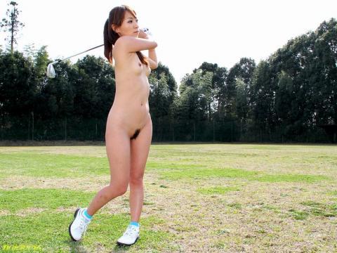 【ヌード画像】女の子の丸出しスポーツ姿が大胆すぎるw(31枚) 17