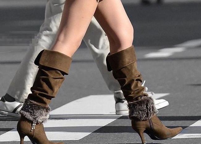 【ヌード画像】ブーツを履いた美女がエロすぎると俺の中で話題にw(32枚) 04