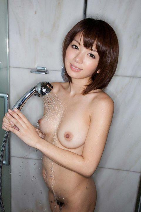 【ヌード画像】シャワーを浴びる全裸美少女で即シコタw(31枚) 08