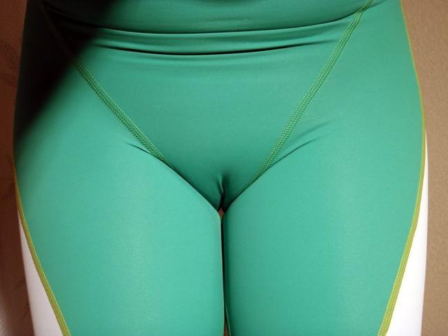 【ヌード画像】スパッツ娘の尻や太ももがムチムチしすぎw(32枚) 05