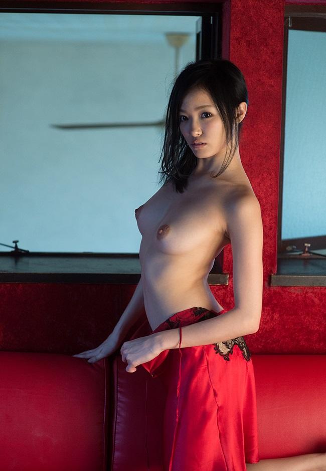 【ヌード画像】裸スカートの美少女たちがエロすぎw(31枚) 03