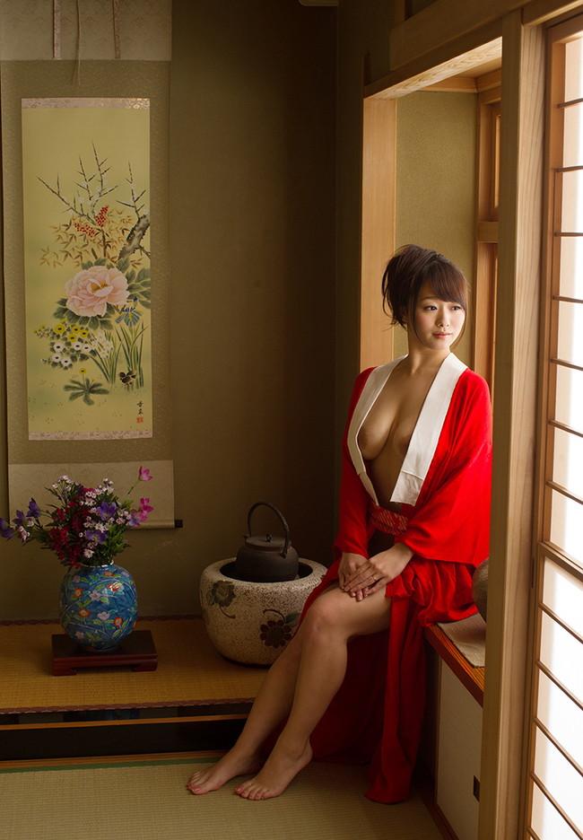 【ヌード画像】白石茉莉奈のぽっちゃり巨乳ヌード画像(32枚) 28
