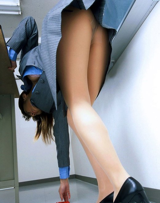 【ヌード画像】美脚エロ画像を見ていると足コキしてほしくなるw(33枚) 04