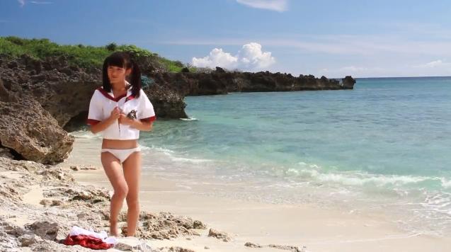【ヌード画像】水着で遊ぶ女の子が可愛いw(33枚) 20