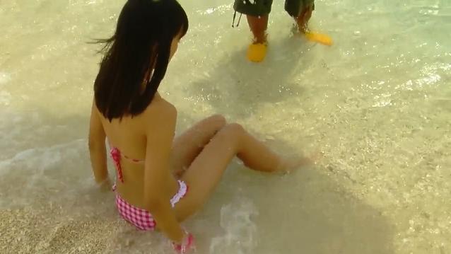 【ヌード画像】水着で遊ぶ女の子が可愛いw(33枚) 31