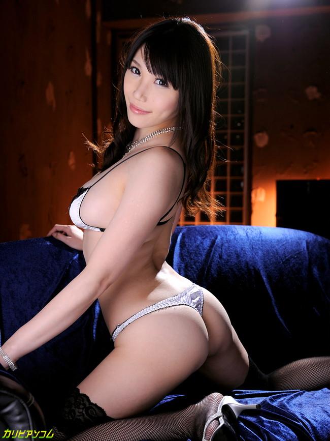 【ヌード画像】セクシー女優たちが魅せるパーフェクトボディ!(32枚) 19