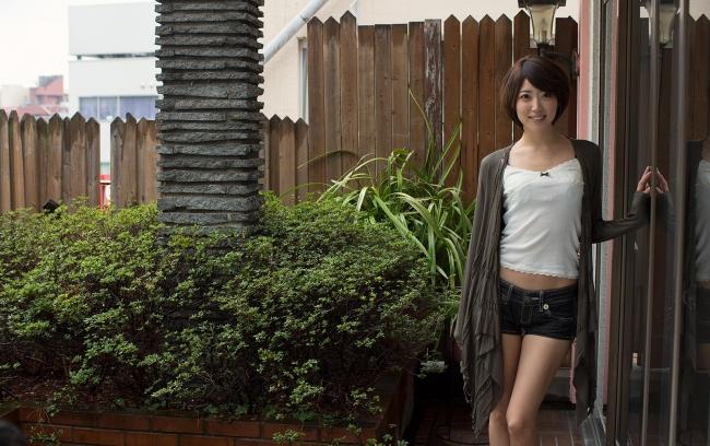 【ヌード画像】優希まことのスレンダーで美肌な裸体が色っぽいw(32枚) 04