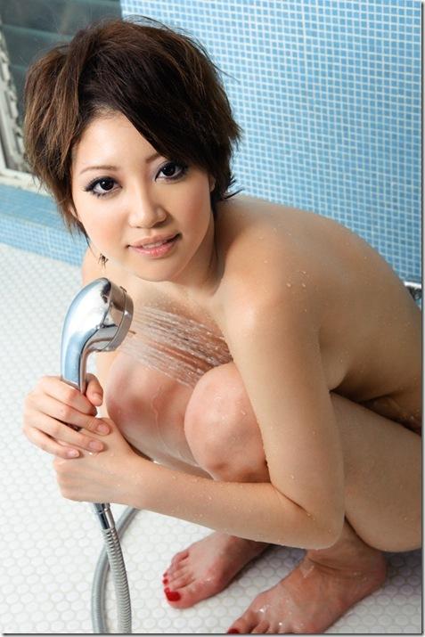 【ヌード画像】優希まことのスレンダーで美肌な裸体が色っぽいw(32枚) 25