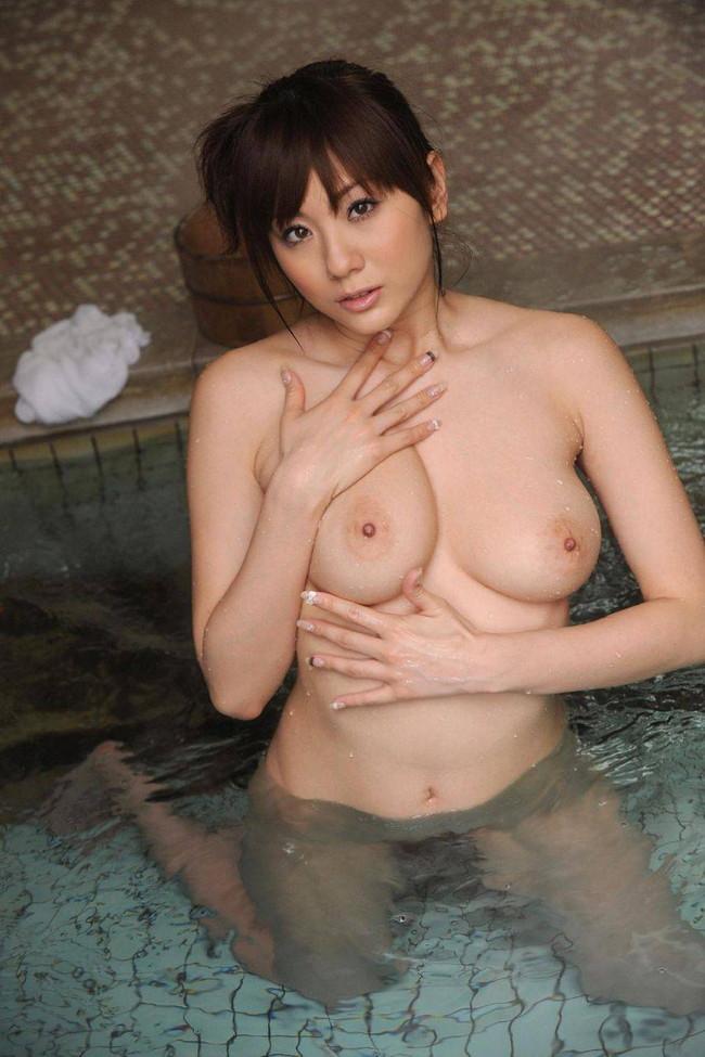 【ヌード画像】ぽっちゃり系女子の肉体は抱き心地よさそうw(32枚) 18