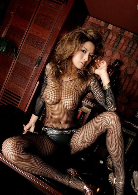 【ヌード画像】全身網タイツを着た美女のエロさは神w(31枚) 31