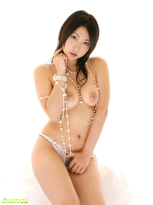 【ヌード画像】エロさ爆発!美女たちのダイナマイトボディが熱い!!(30枚) 24