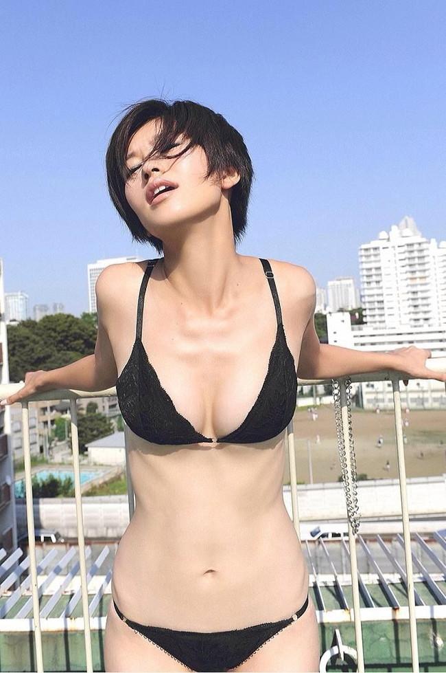 【ヌード画像】伝説級のグラビアアイドル!森下千里のセクシー画像(30枚) 20