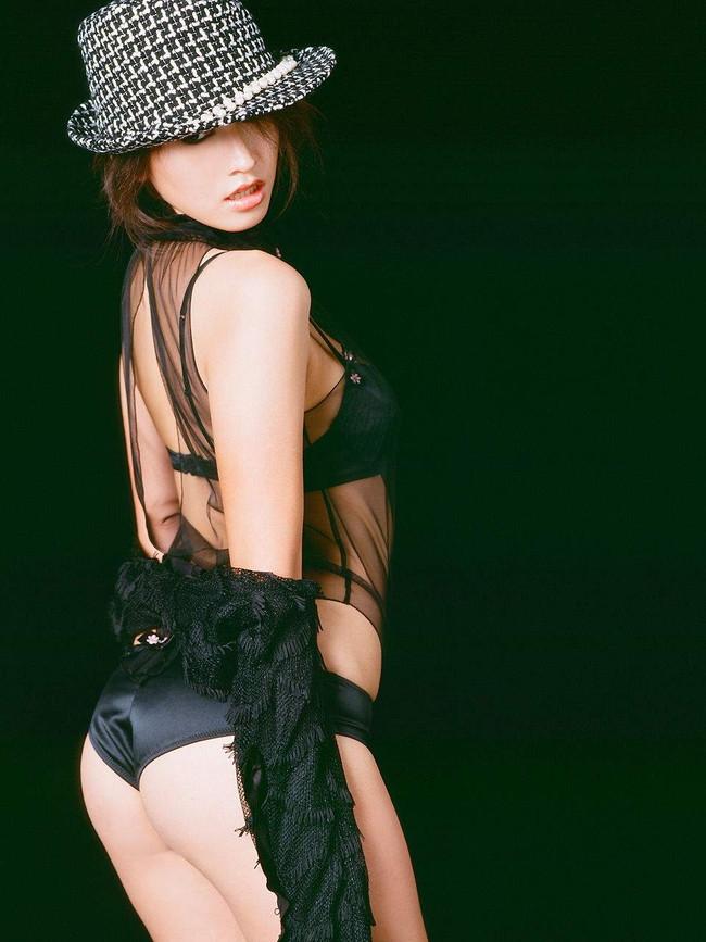 【ヌード画像】伝説級のグラビアアイドル!森下千里のセクシー画像(30枚) 28