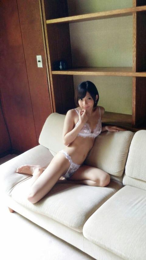 【ヌード画像】麻里梨夏のロリ系美少女ヌード画像(32枚) 12