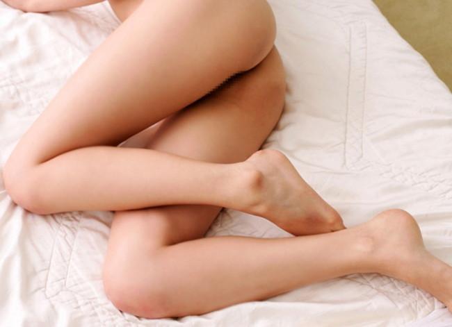 【ヌード画像】生足がエロすぎる女の子たちの画像集めたったw(30枚) 01