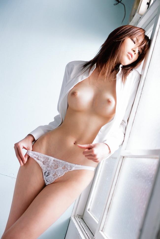 【ヌード画像】くびれが美しい女の子たちのエロ画像(30枚) 26