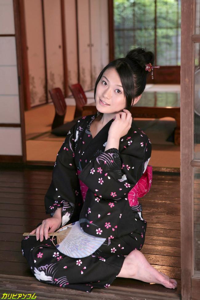 【ヌード画像】中島京子の大人の色香が漂うヌード画像(40枚) 20