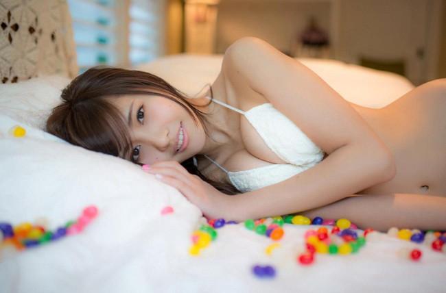 【ヌード画像】佐野ひなこのエロくて可愛いセクシー画像w(31枚) 14