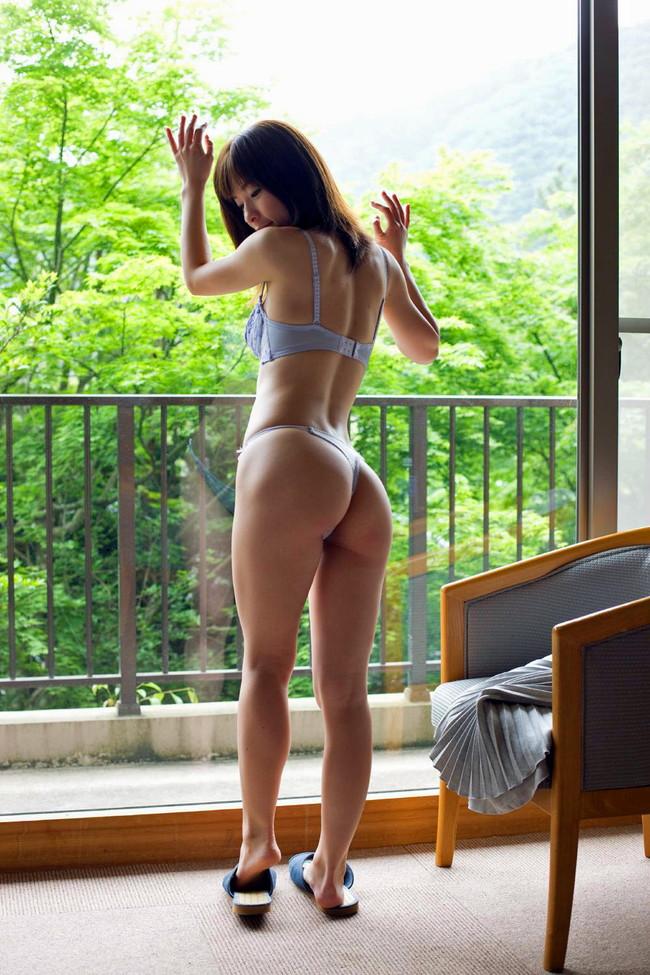 【ヌード画像】助けて!青色の下着をつけた美女がエッチすぎて困っているの!(33枚) 31